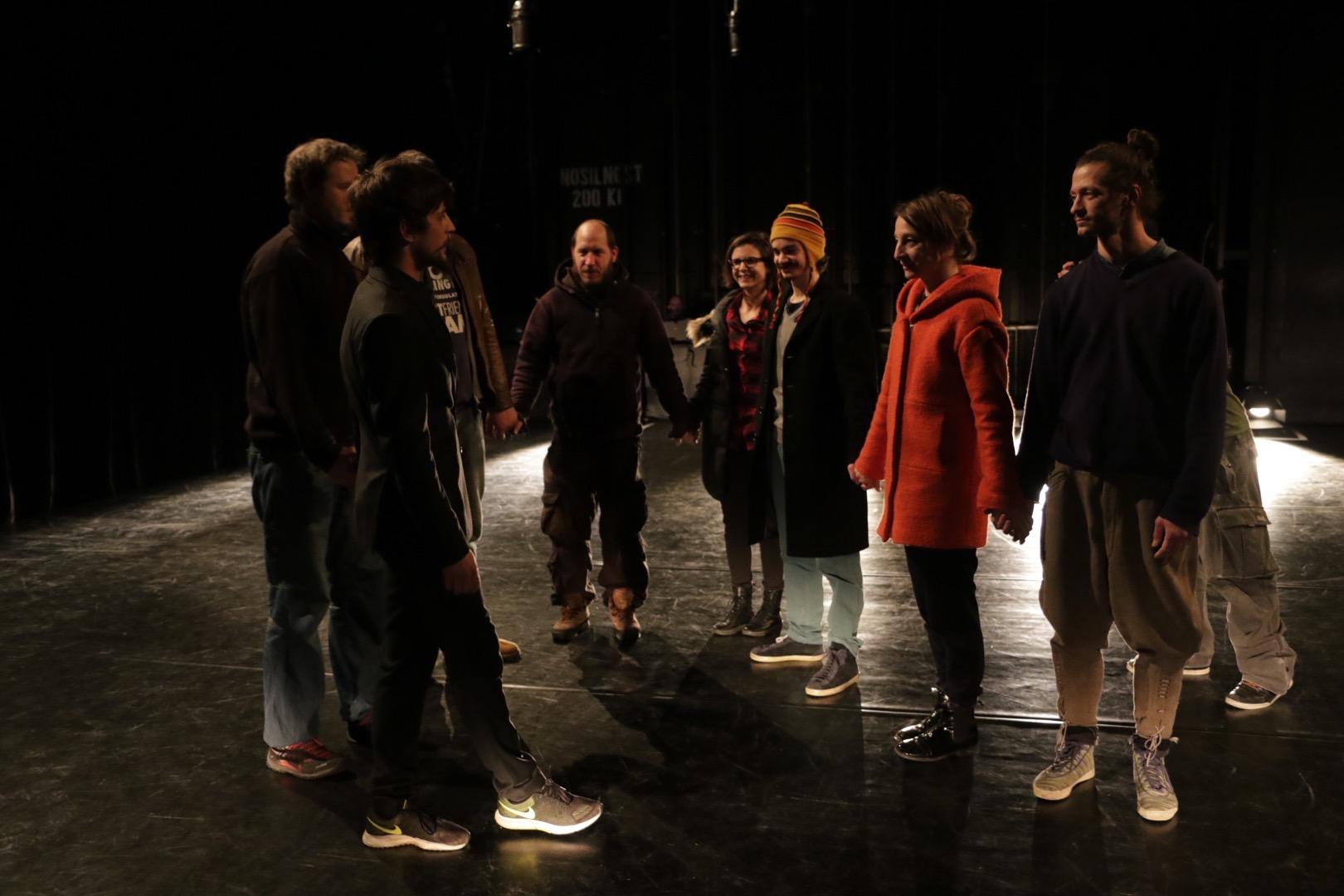 selfy-participatory-dance-performance-06